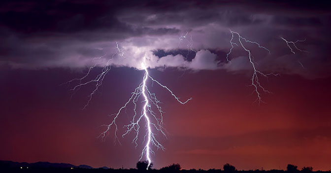 Lightning Occurs on Average 44 Times a Second over the Entire Earth, 3.8 Million Times Per Day or 1.4 Billion Flashes Per Year