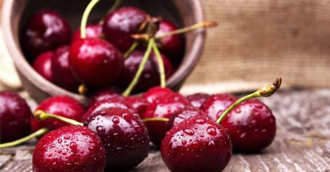Cherries Have Been Found To Inhibit Tumor Growth And Even Cause The Cancer Cells To Commit Suicide